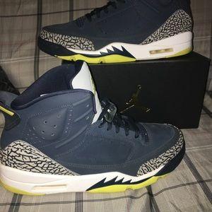 f79fae4af1ad Nike Shox Nz Black Mens Air Jordan 13 White Grey Blue
